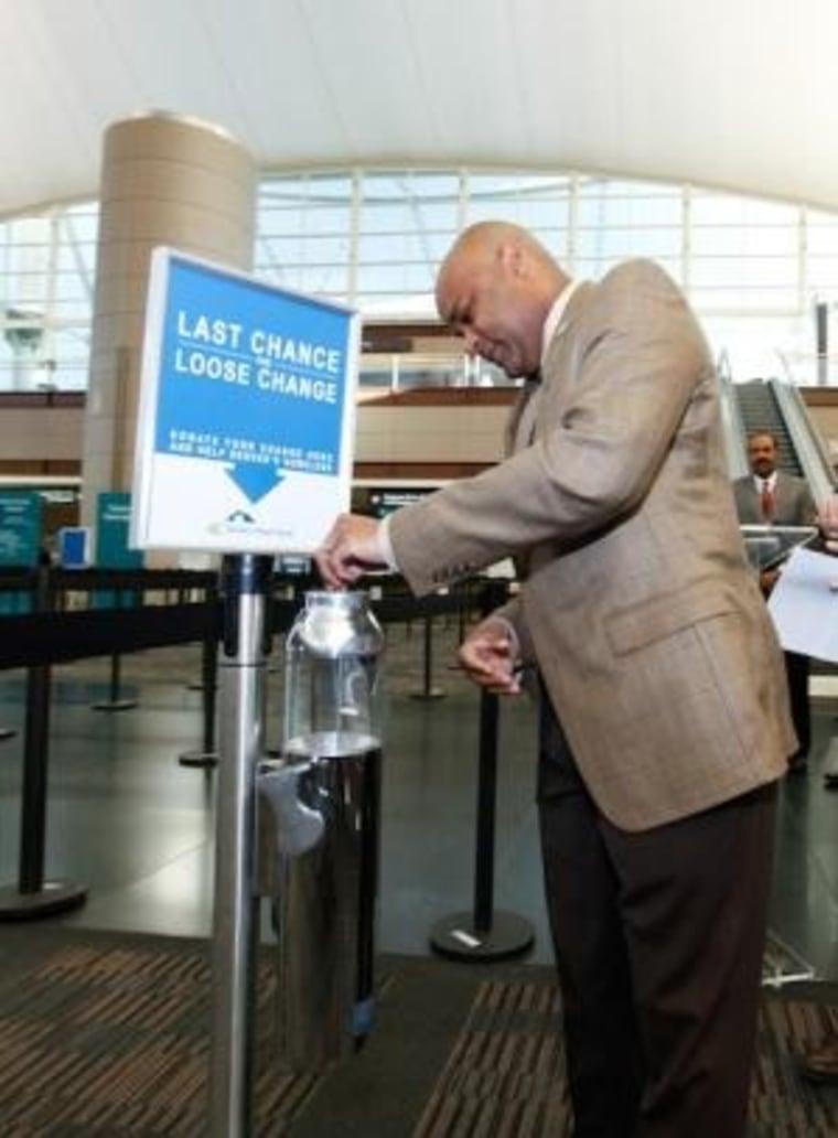 Mayor leaves tip.