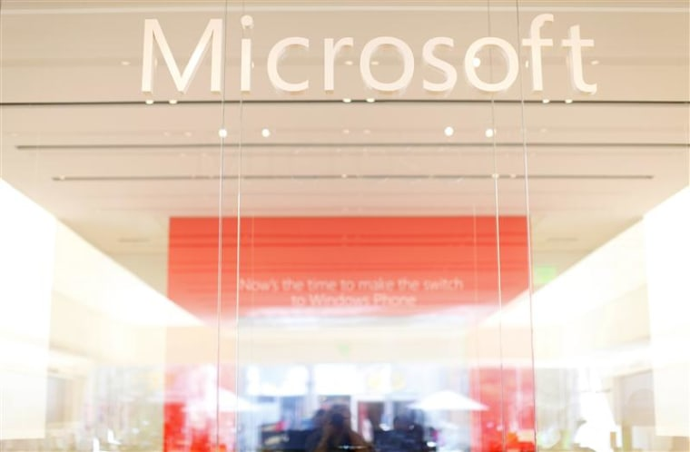The interior of a Microsoft retail store is seen in San Diego January 18, 2012. REUTERS/Mike Blake (UNITED STATES - Tags: BUSINESS SCIENCE TECHNOLOGY ...