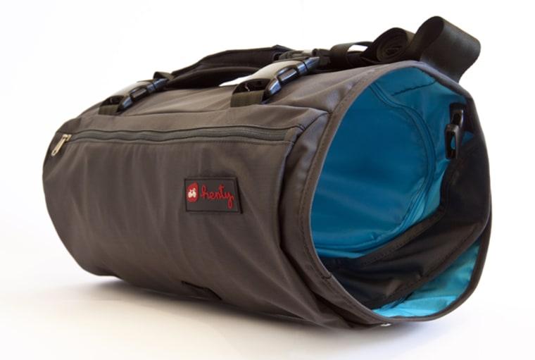 luggage TGA show henty