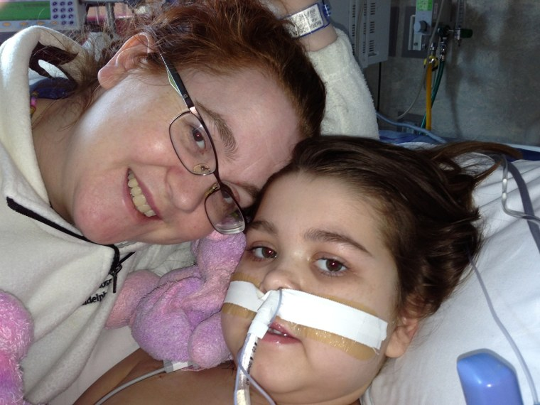 Girl who got new lungs set for more surgery