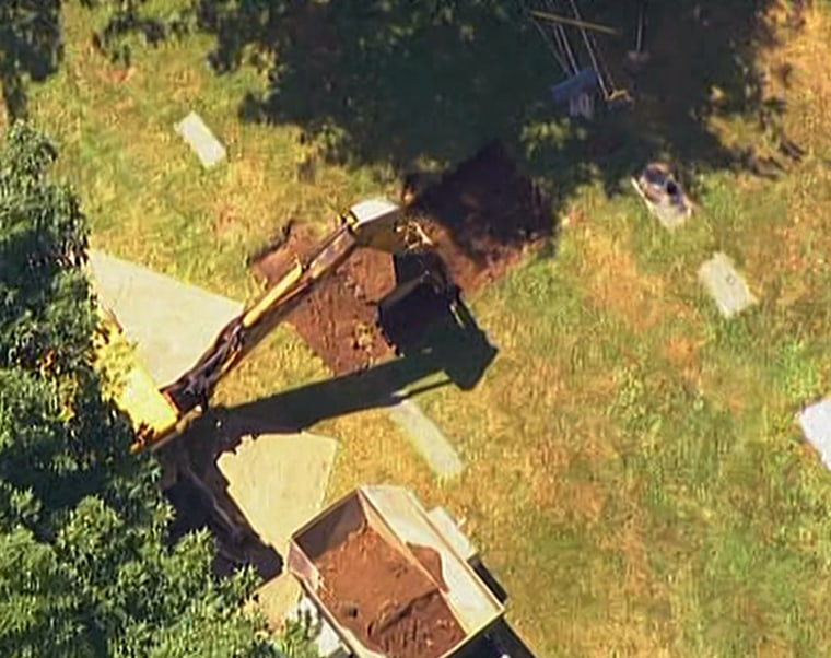 Crew begins digging up body of confessed Boston Strangler