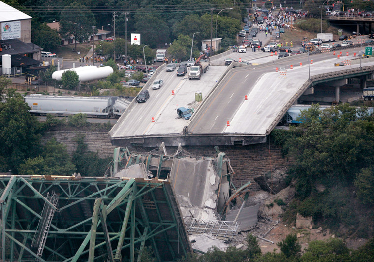 Image: Interstate 35W bridge