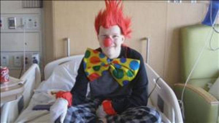 Minn. teen fights cancer in costume