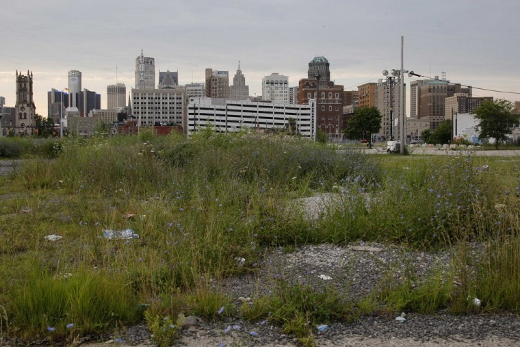 Detroit hurtles toward first bankruptcy hearing Wednesday