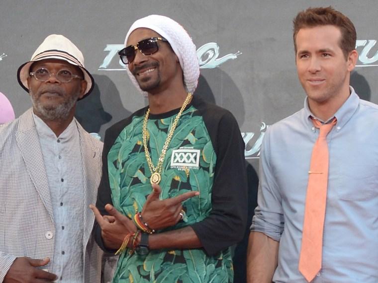 Image: Samuel L. Jackson, Snoop Lion and Ryan Reynolds