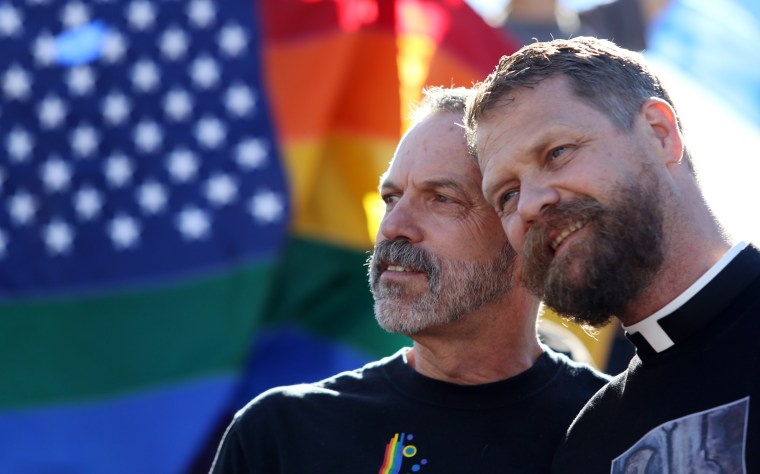 Gay couple to wed