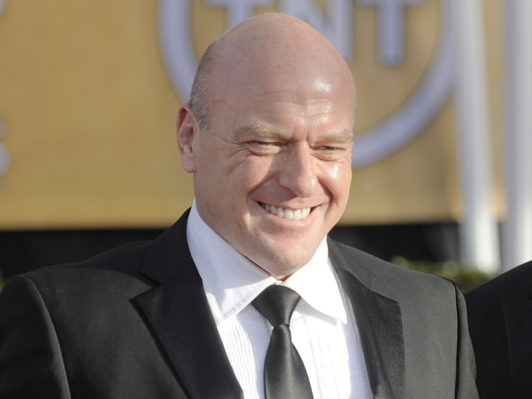Dean Norris had a bad experience with Delta Airlines, and let the whole Twitter world know about it.
