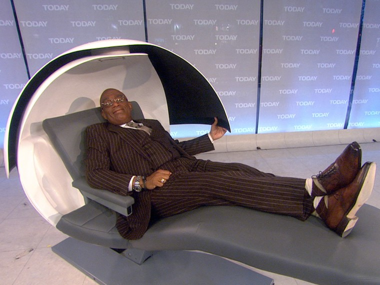 Al gives the EnergyPod a test run.