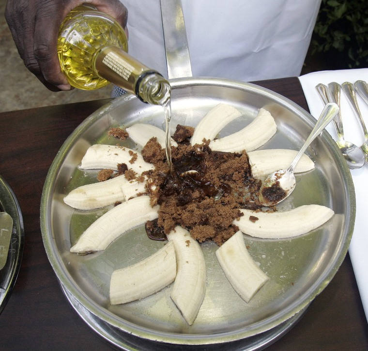 Lazone Randolph, executive chef at Brennan's Restaurant in New Orleans, La., creates a banana foster. One Florida restaurant was not so successful.