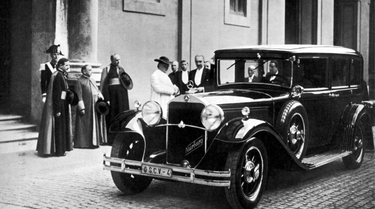 The first car used by a pope.