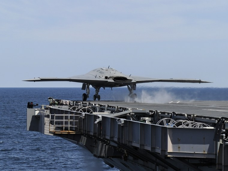 130514-N-ZZ999-004 ATLANTIC OCEAN (May 14, 2013) An X-47B Unmanned Combat Air System (UCAS) demonstrator launches from the aircraft carrier USS George...