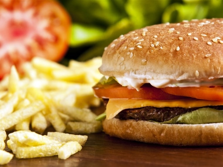 Do you know how many calories are in this cheeseburger? A survey suggests most people don't.