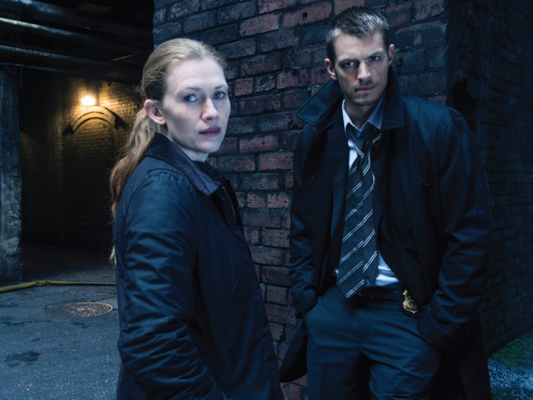 """Image: Linden and Holder on \""""The Killing\"""""""