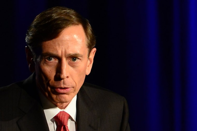 Former CIA director David Petraeus addresses a University of Southern California event honoring the military on March 26, 2013 in Los Angeles, Califor...
