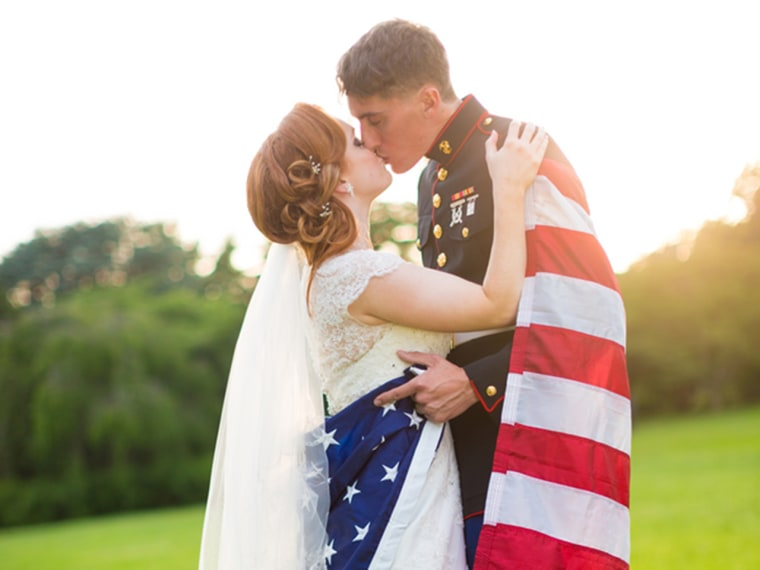 Real Wedding: Military tribute, from DIY to dress blues