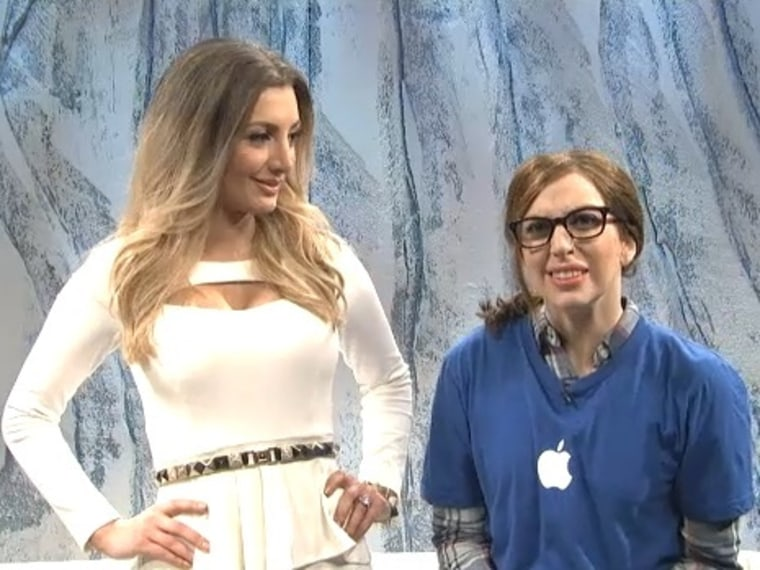Image: Nasim Pedrad as Kim Kardashian with Lady Gaga