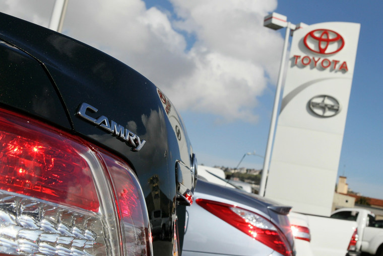 Toyota, Honda top lists for resale value