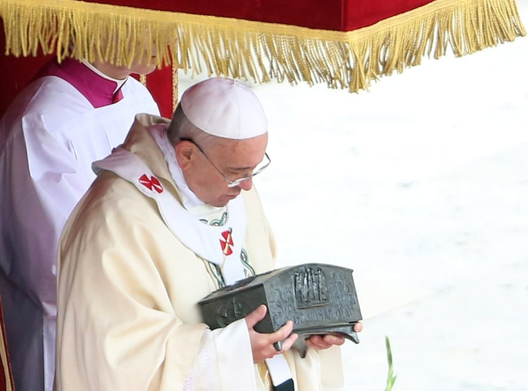 Pope puts St. Peter's relics on display, reviving scientific debate