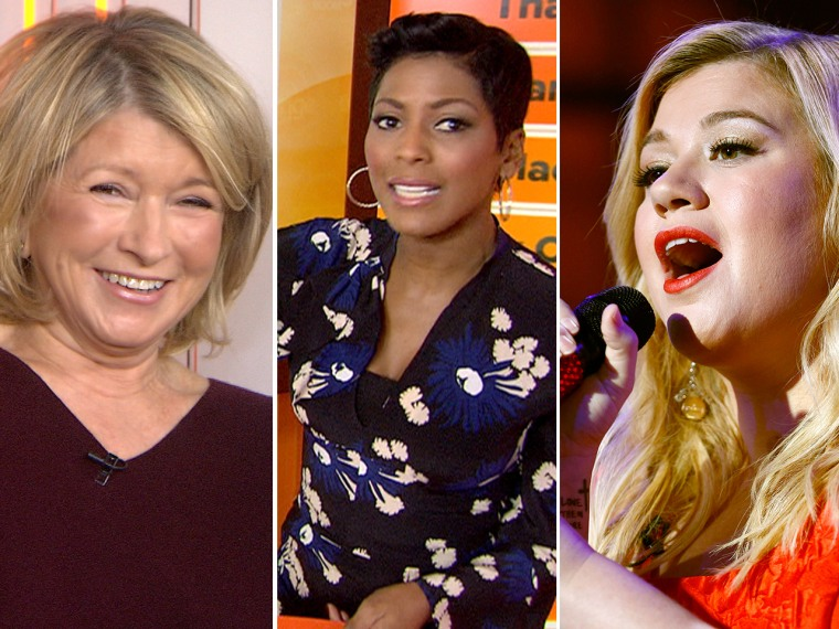 Martha Stewart gives Thanksgiving tips, Tamron asks TODAY fans what they think of the waitress's claim and Kelly Clarkson performs holiday hits.