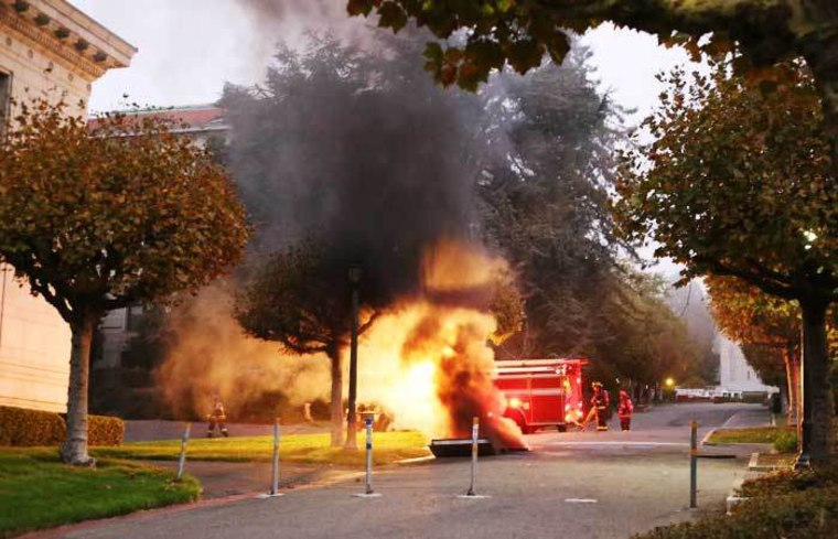 UC Berkeley evacuated after explosion, power outage