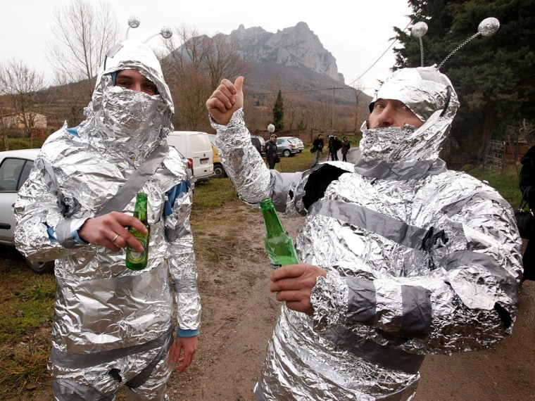 Image: Tinfoil suits in Bugarach