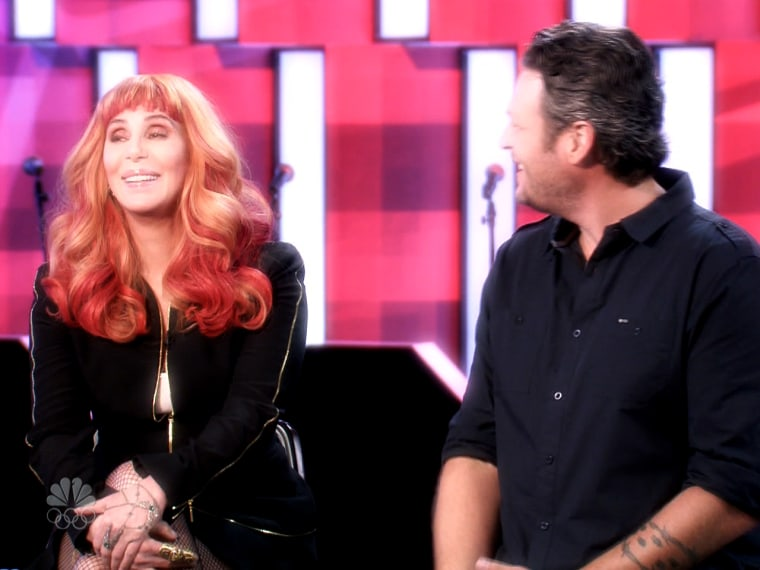Cher upstages Blake Shelton on 'The Voice'