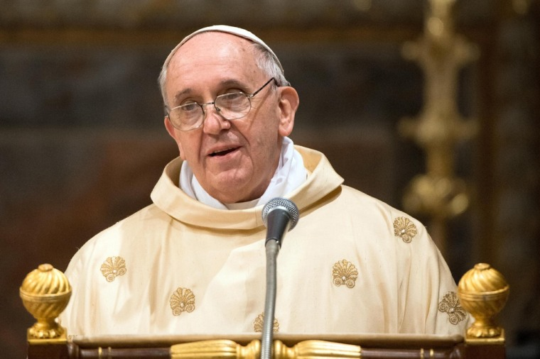 'Let Jesus be known': Pope speaks English publicly for the first time