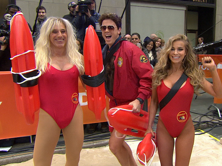 "Matt as C.J., Willie as David Hasselhoff's Mitch and Carmen Electra take it to the ""Baywatch"" beach."