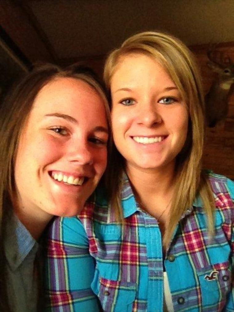 Melissa Jones, left, an Army private based at Fort Hood, Texas, and her fiance, Danielle Nelson, will fly to San Diego this month to obtain a wedding certificate. Jones is one of numerous gay troops taking a seven-day marriage leave offered by the Pentagon.