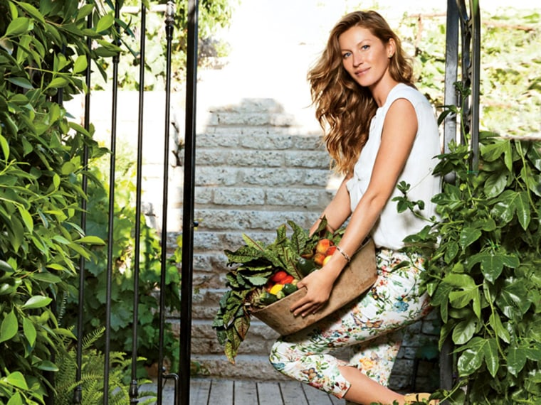 Gisele shows off her home in the magazine.