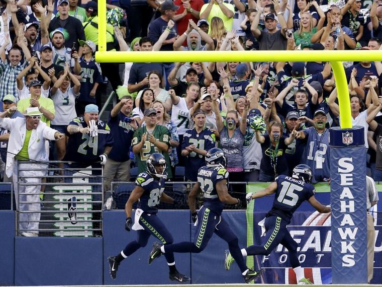 Seattle Seahawks fans cheer