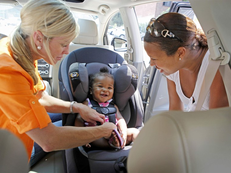 1 in 4 parents has driven without buckling up children, survey finds