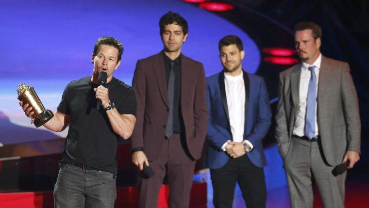 IMAGE: Mark Wahlberg, Adrian Grenier, Jerry Ferrara, Kevin Dillon