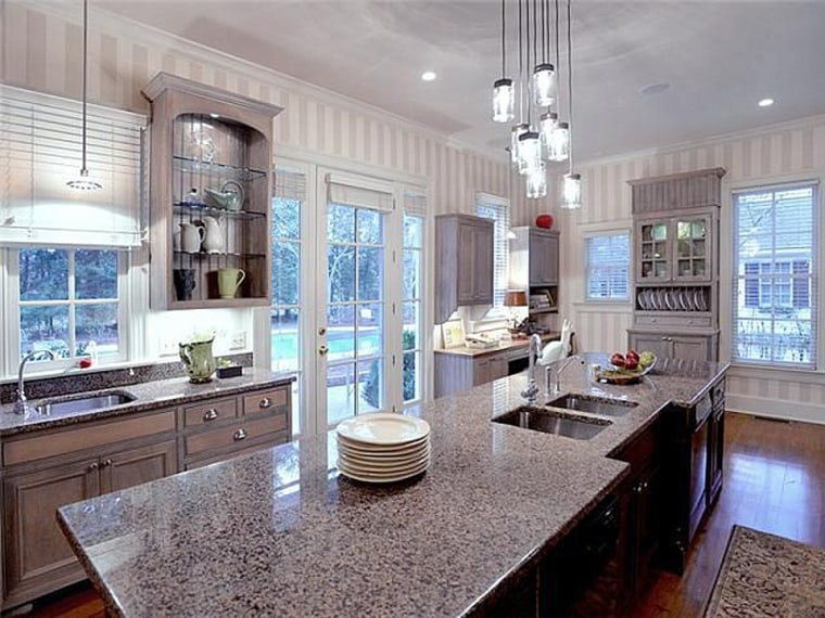 """Trisha Yearwood filmed her \""""Trisha's Southern Kitchen\"""" show in her Nashville home. Now the five-bedroom, six-bathroom home is for sale."""