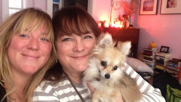 Nekisia Davis and her mom