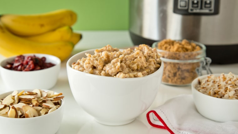 Slow-Cooker Make-Ahead Oatmeal and Toppings Bar recipe