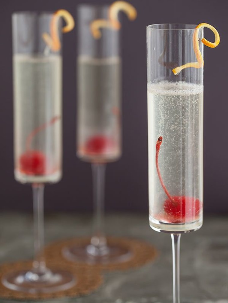 Bubbly French 75 Cocktail