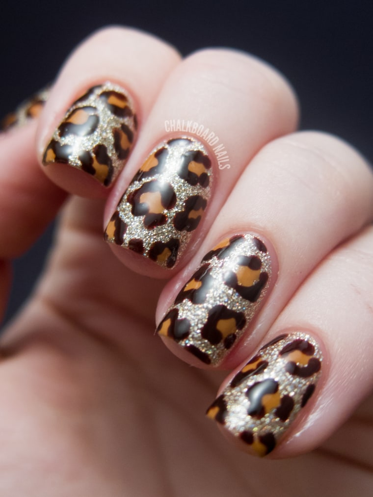 New Year\'s Eve nail art ideas as pretty as your party dress
