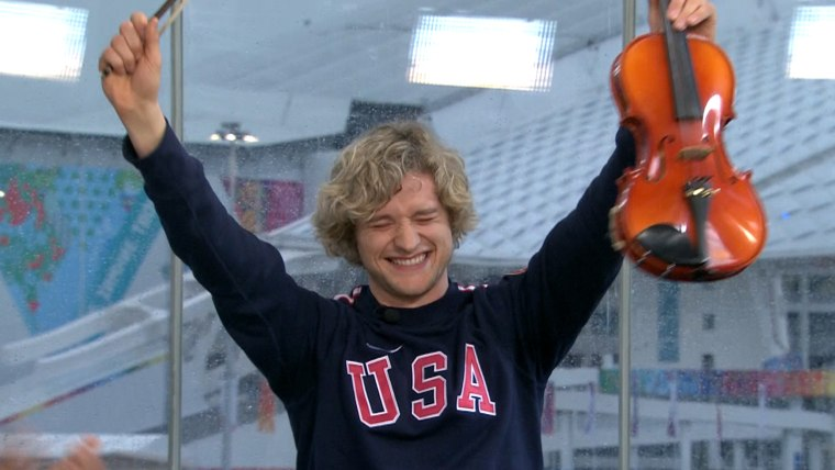Charlie White plays the violin on TODAY
