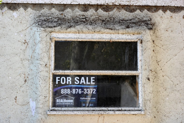 Housing recovery means more seized homes on auction block