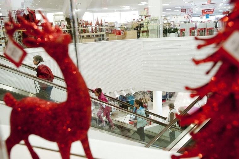 Virtual window-shopping drives record holiday season store sales