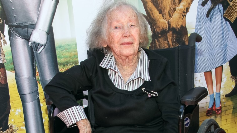 Last female Munchkin from 'Wizard of Oz' dies at 95