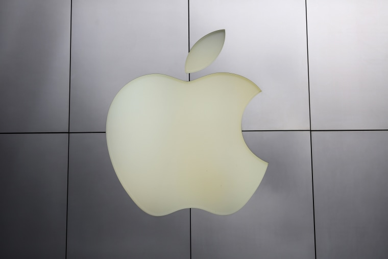 Apple saw fewer iPhone sales in the quarter than expected, and shares dropped despite the company beating anlyast forecats for revenue and earnings.