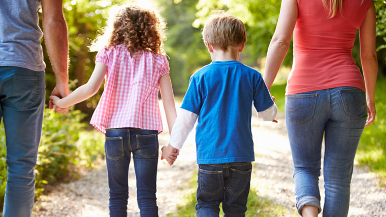 Encouraging Kindness In Kids >> Play Nice How To Teach Kids To Be Kind