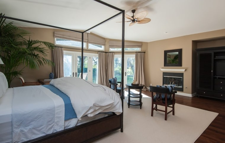 Garth Brooks and Trisha Yearwood's Malibu retreat has four bedrooms, including a master suite added during a remodel.