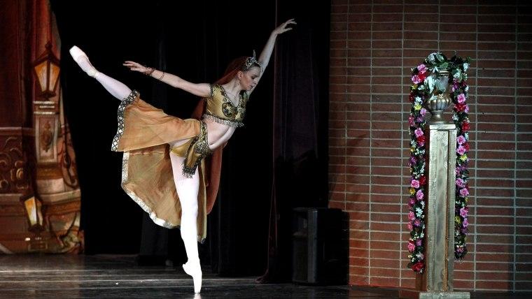 Maggie Kudirka performing the role of Nikiya from the ballet La Bayadere.