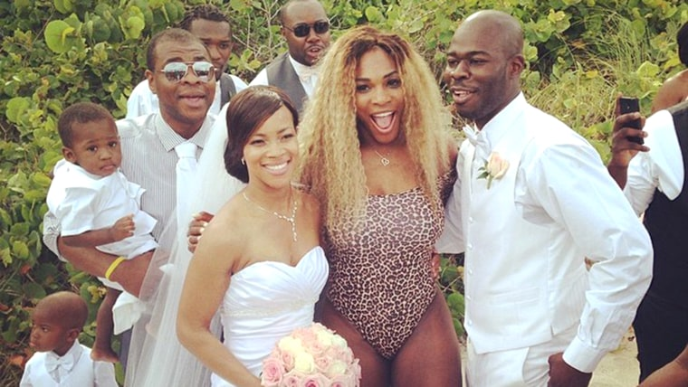 Serena Williams crashes a wedding