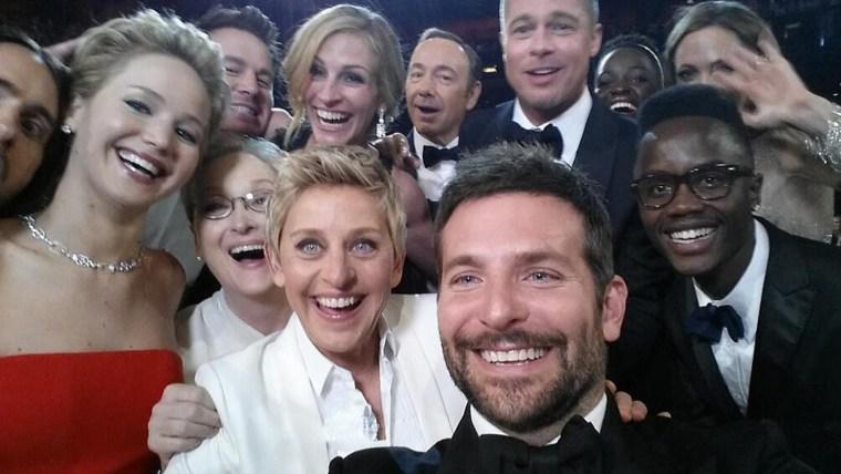 Image: Ellen selfie with stars