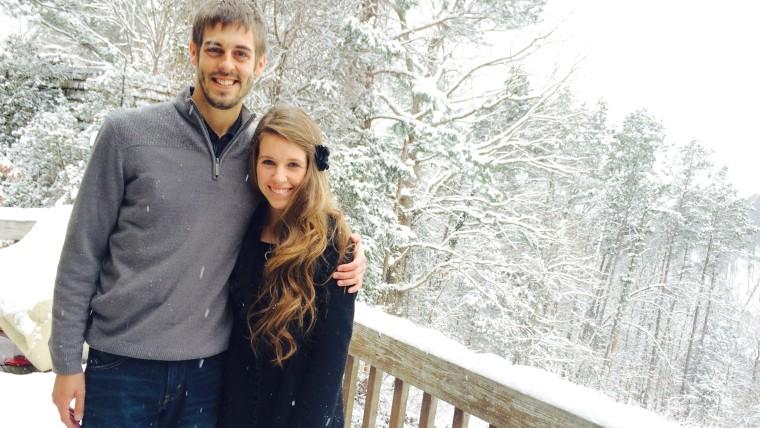 Jill Duggar and Derick Dillard share a snowy scene.