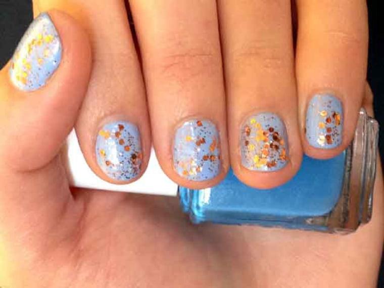 Nail Designs: Glitter nails, ombre nails, nail art tutorials
